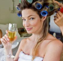 f75a9d00e097 Tieto rýchle a jednoduché tipy Vám pomôžu vybrať si svadobný účes